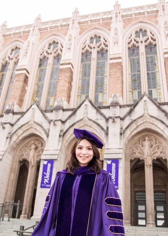 Grad Profile Pic.jpg